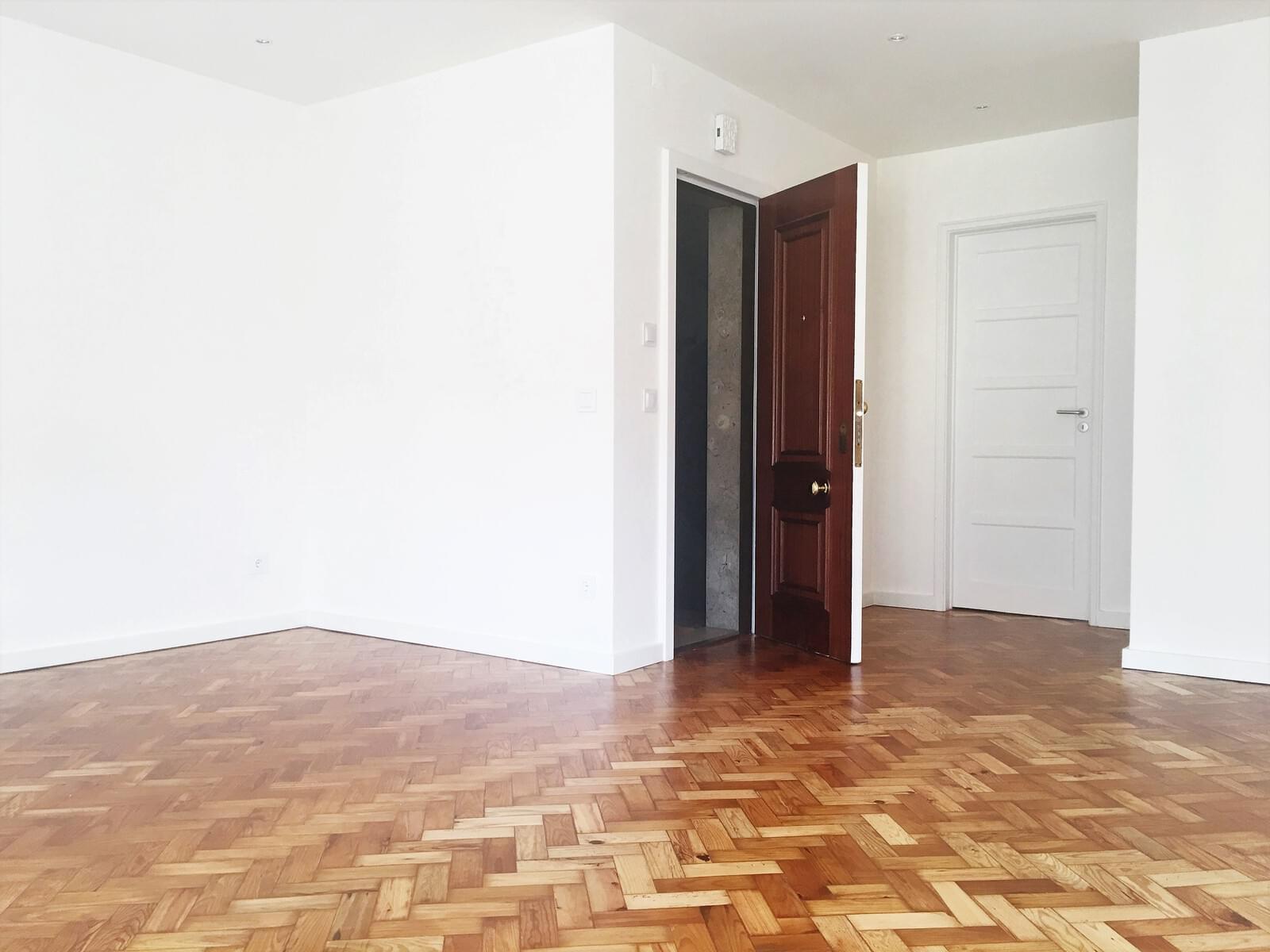 pf17642-apartamento-t3-lisboa-026e9dc7-1e87-47c1-a105-76fccea72444