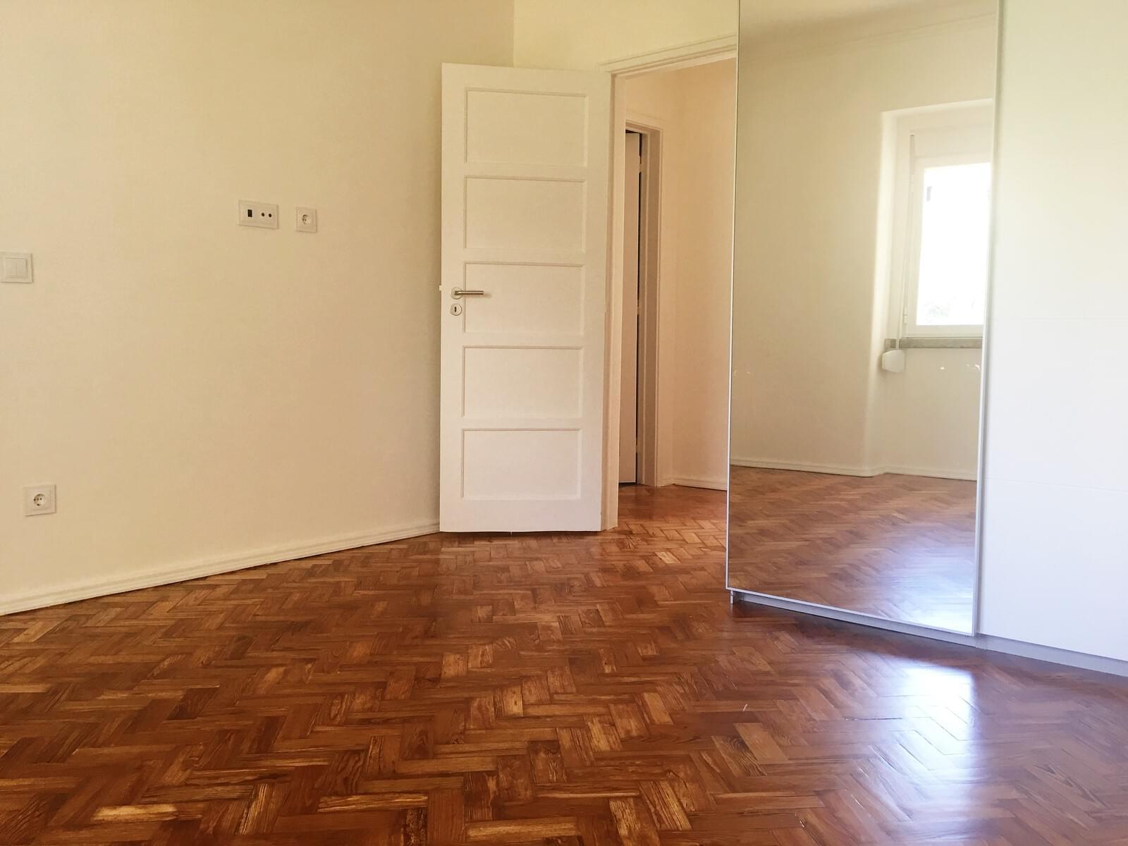 pf17642-apartamento-t3-lisboa-03660e12-9511-4202-a1e4-685bb8c63d04