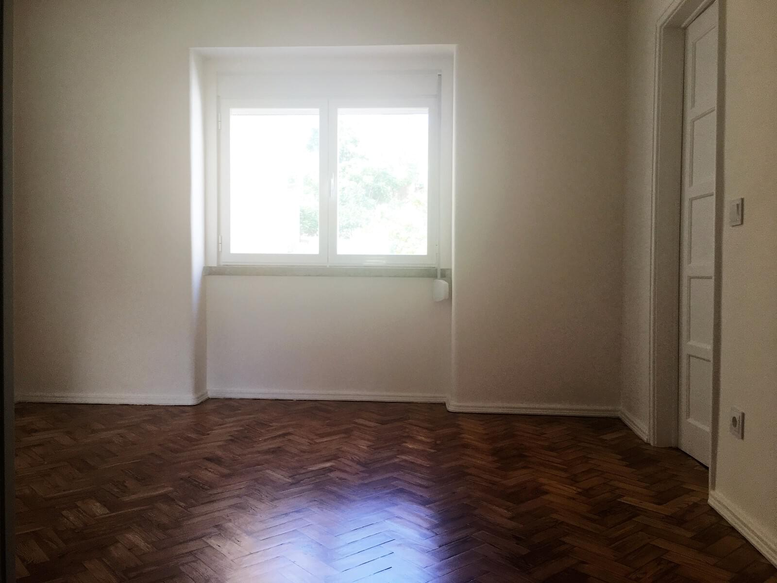 pf17642-apartamento-t3-lisboa-5899ea80-632a-4c13-8d4f-1913e1aa8a44