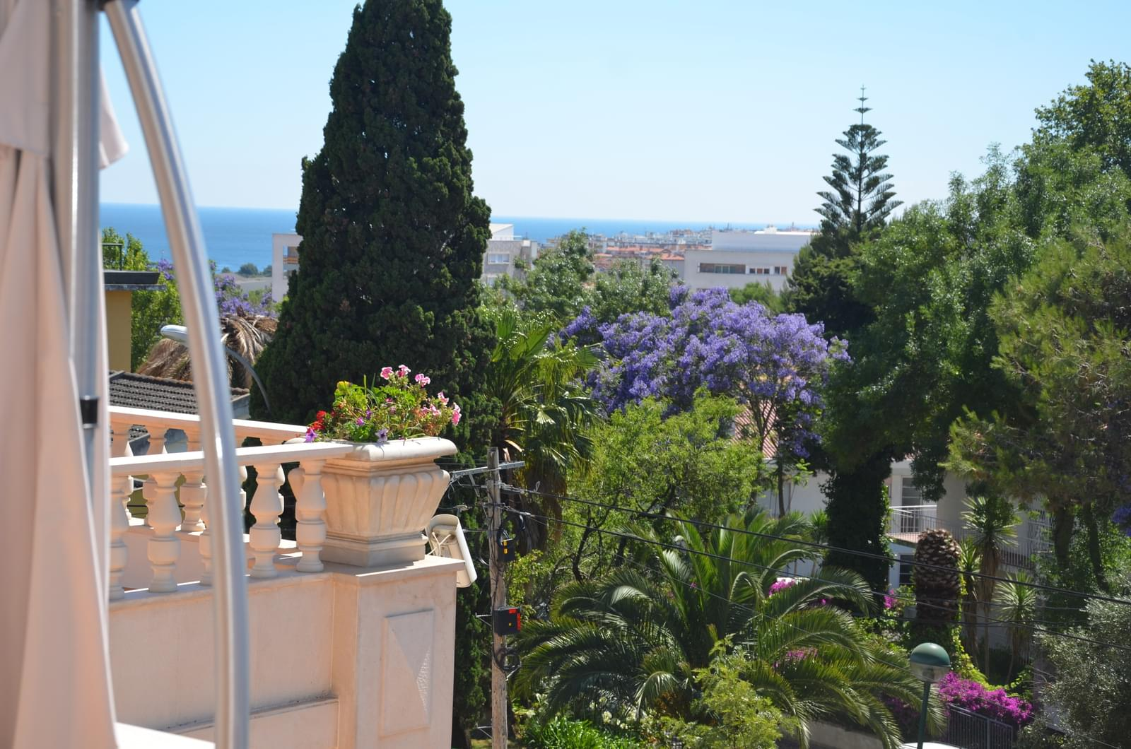 67a19ae9ac2ef Villas   Townhouses for Sale at Luxury villa located in a residential area  close t Oeiras