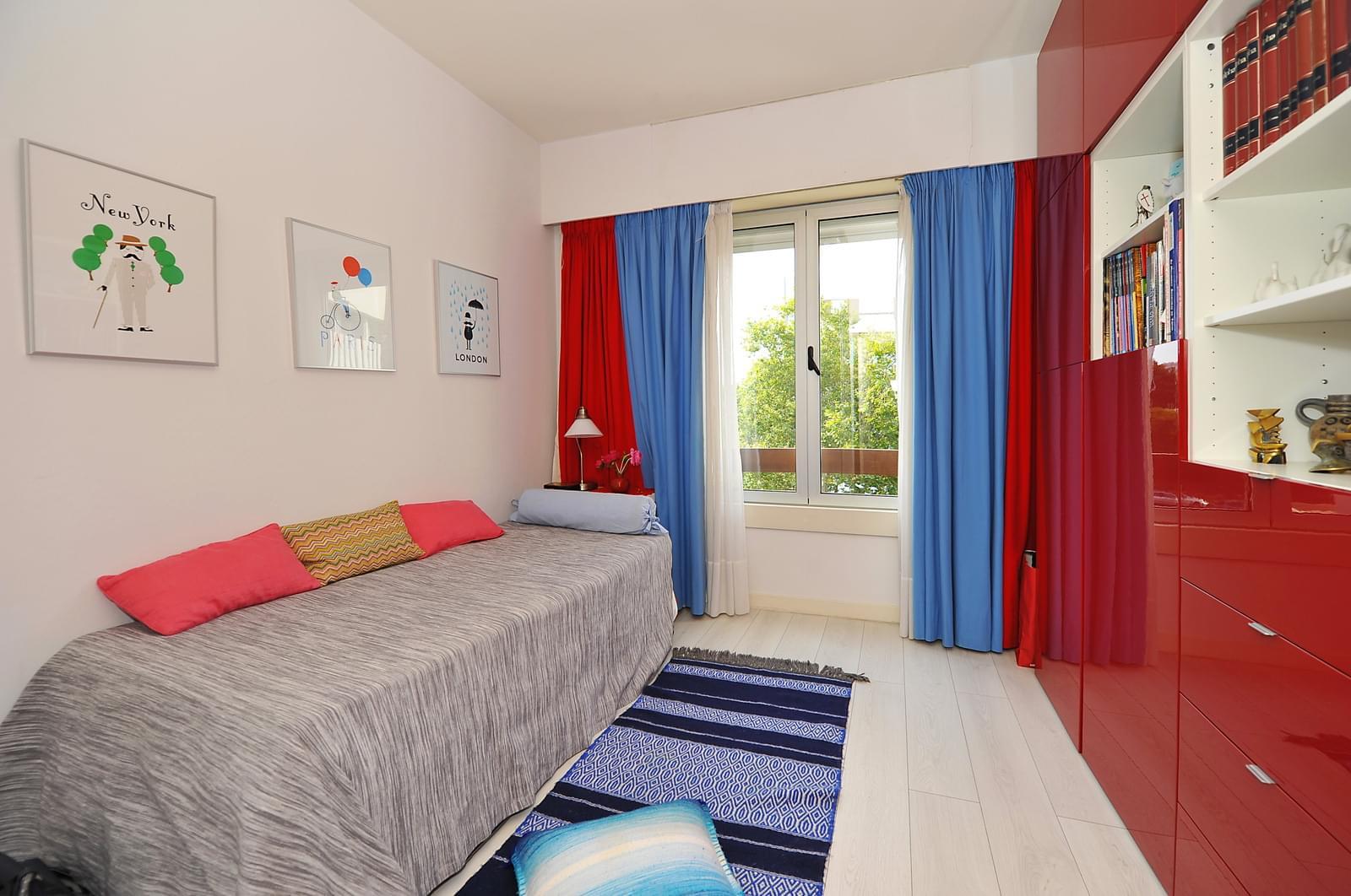 pf17939-apartamento-t4-1-oeiras-dbc0035b-223d-4a56-a398-cc1a91d1c85c