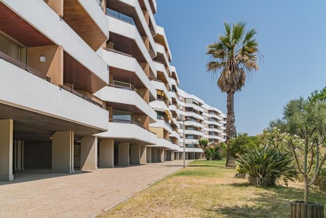 pf17939-apartamento-t5-oeiras-fb0ea996-8d79-462c-88ee-f9f27b6bfc2a