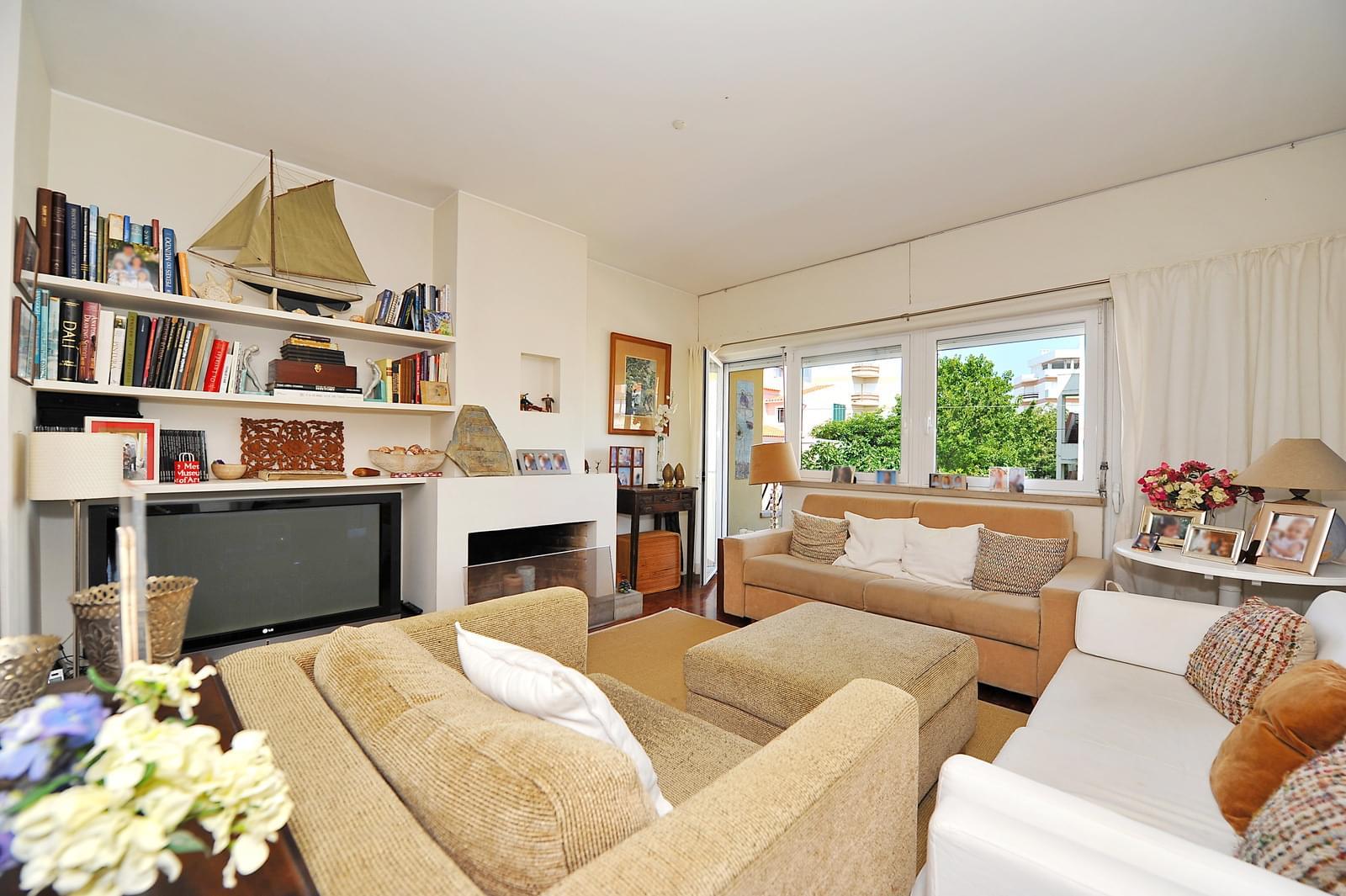 pf17942-apartamento-t4-1-cascais-8a25fb8f-866d-46ed-8077-300d812f980d