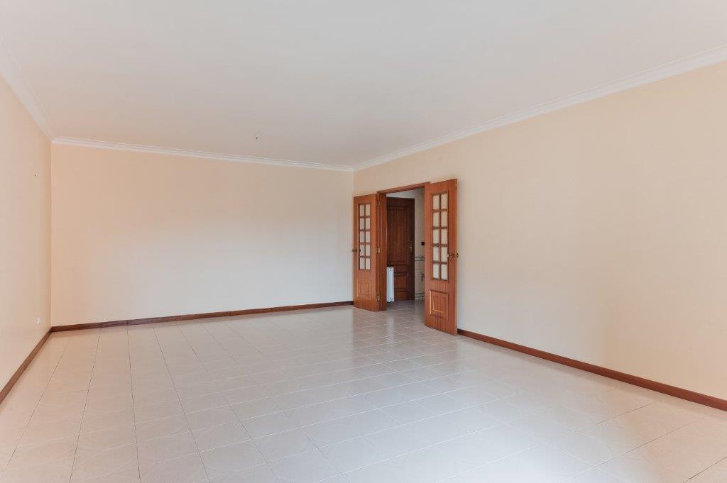 pf17972-apartamento-t3-cascais-3029e2d5-66fa-4fe7-8e89-d5f229edf757