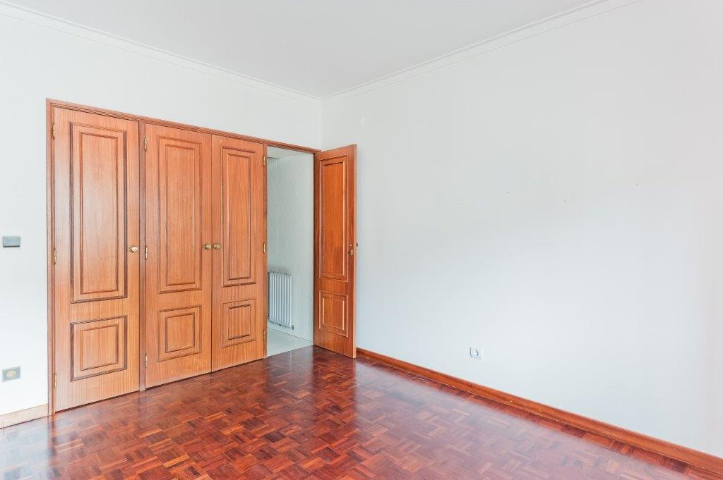pf17972-apartamento-t3-cascais-7f0b16be-f5d4-423b-a9aa-cc12e0fb7aa8