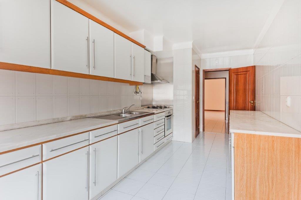 pf17972-apartamento-t3-cascais-e4aaf938-83c7-4d48-8664-78ac552e499a