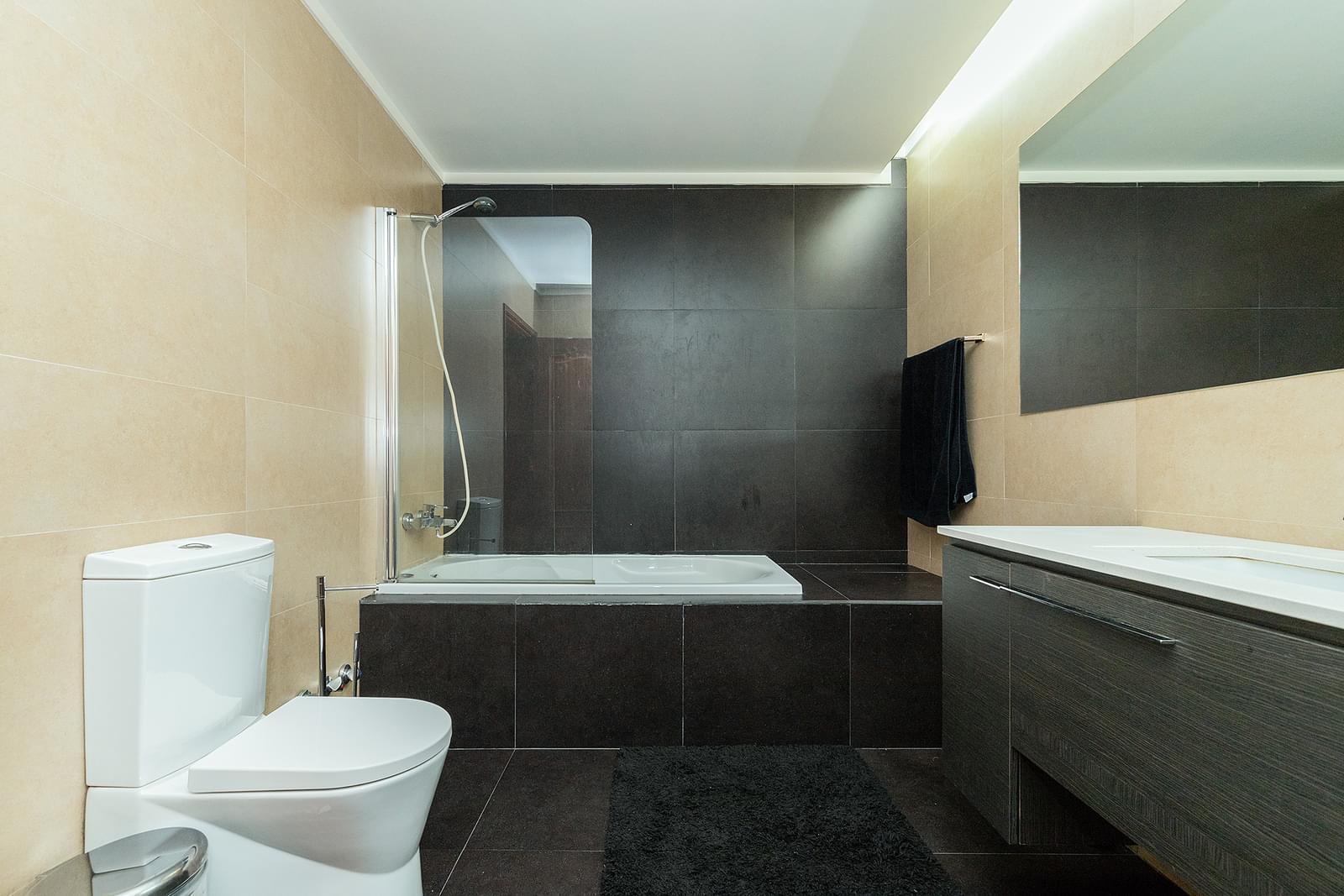 pf17978-apartamento-t3-lisboa-90e2c67c-03c6-440e-957e-e69b60756941