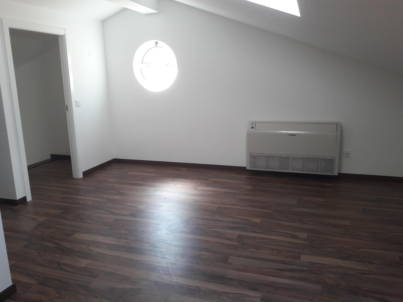 pf18025-apartamento-t3-225dcfc2-2911-46e7-a9cd-fa9f1d65c32d