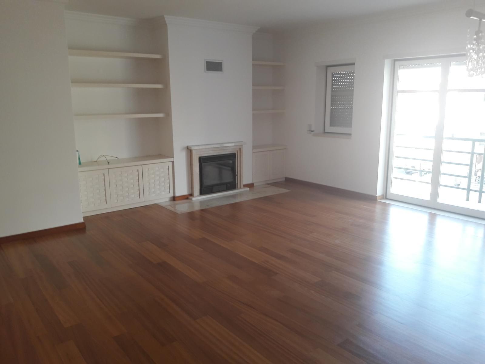 pf18038-apartamento-t3-38293e04-a721-4379-8001-15c0129df955