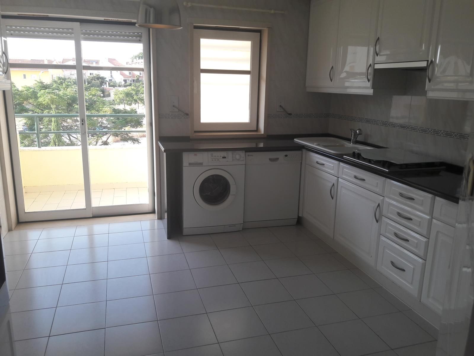 pf18038-apartamento-t3-3eea95a0-7268-4228-9907-6c0ad3f3d0b5