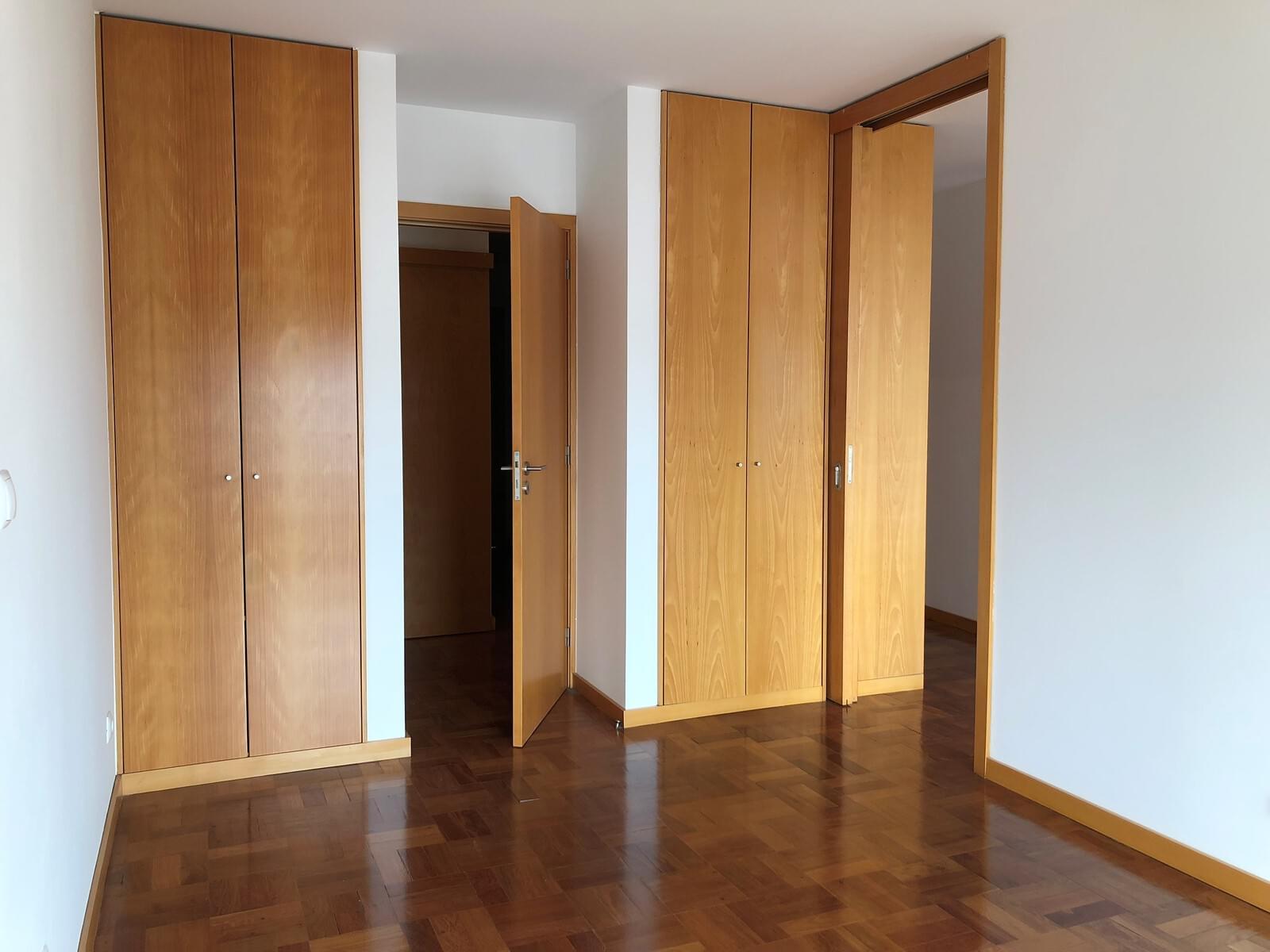 pf18040-apartamento-t3-lisboa-2301fd3d-0a28-47aa-b498-84ed761ecc58