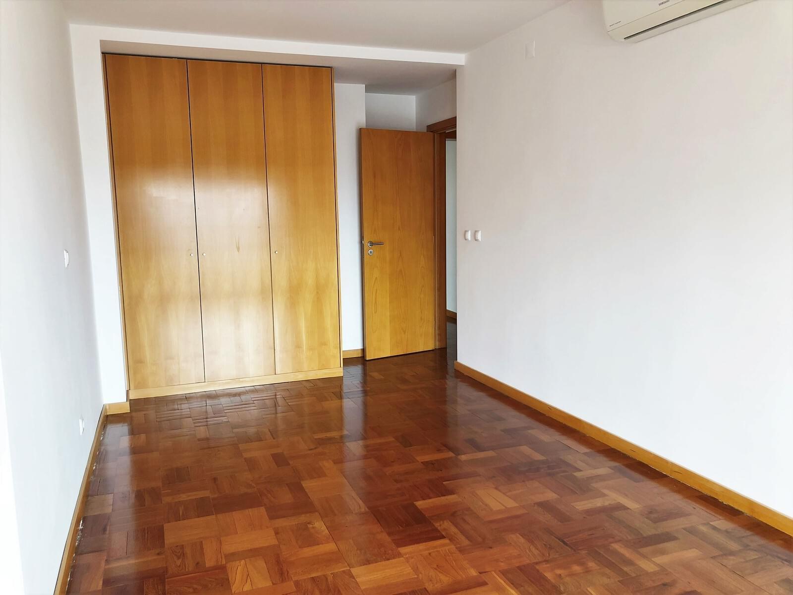 pf18040-apartamento-t3-lisboa-56e309f4-df5f-4dd4-9b87-203756e5a247