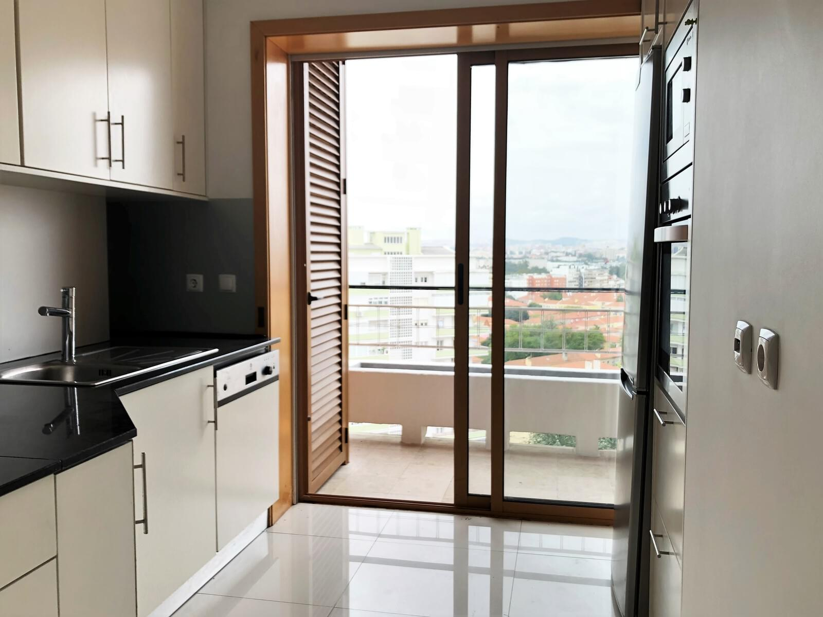 pf18040-apartamento-t3-lisboa-734499e6-ac30-4788-b4d3-2563b7cc9867