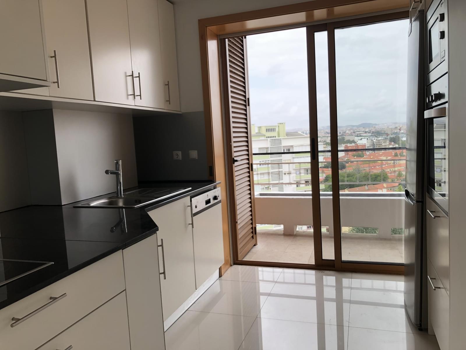 pf18040-apartamento-t3-lisboa-c726283c-b70e-4ce6-b402-b18f111be859