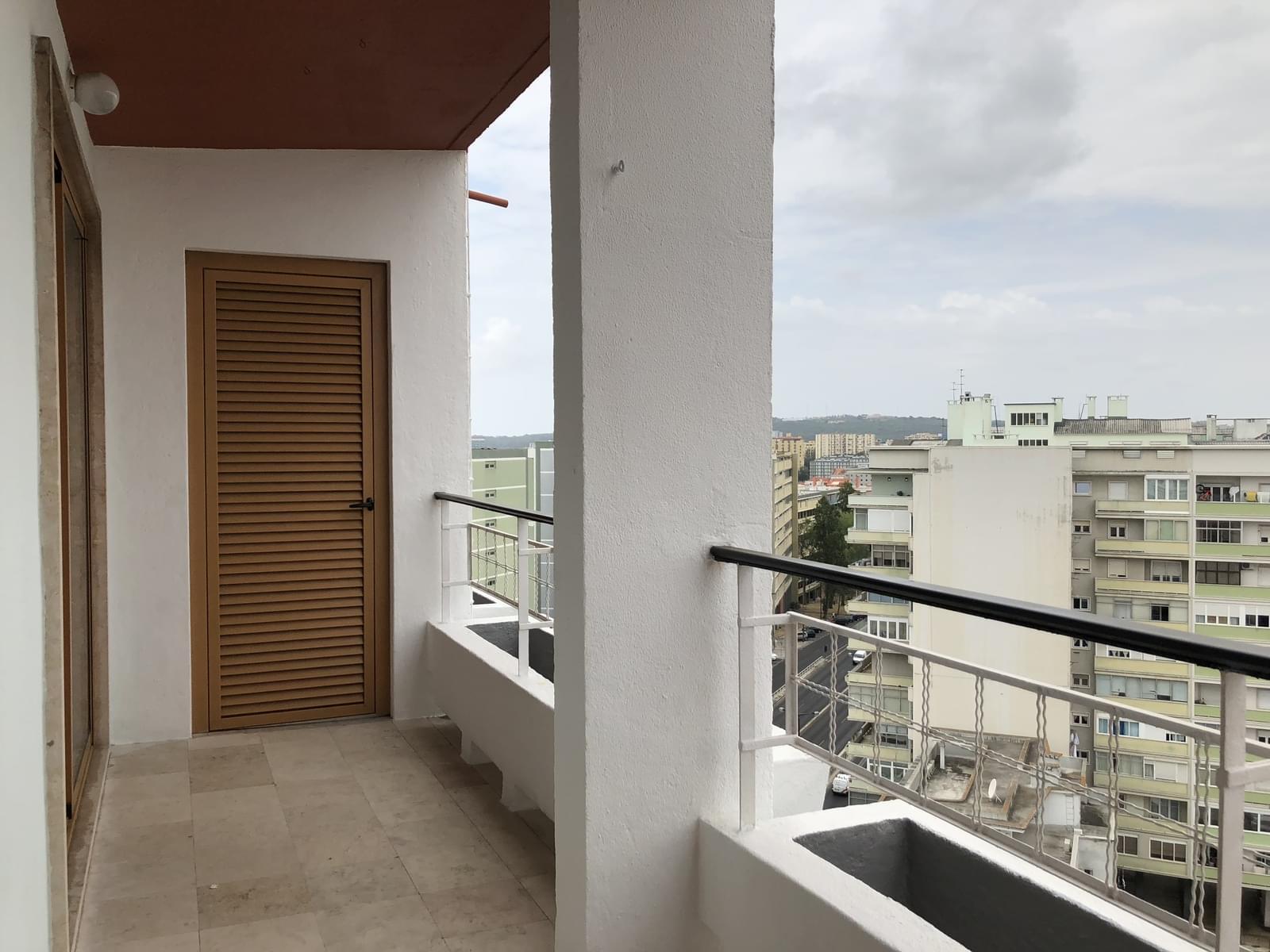 pf18040-apartamento-t3-lisboa-eac5592c-3f2b-42ab-adca-82c4c3f2181a