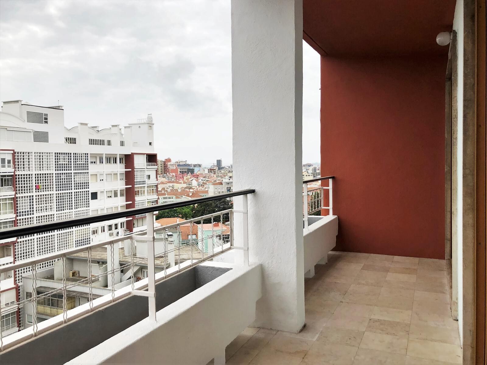 pf18040-apartamento-t3-lisboa-f868fc97-ae16-4374-8ad9-ee1e91f5347e