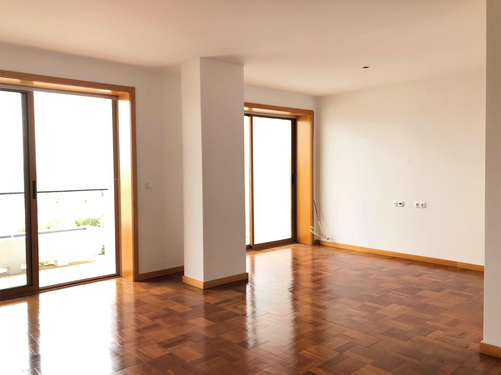 pf18040-apartamento-t3-lisboa-fcd2a932-a8bd-442c-abaf-ca54167d0235