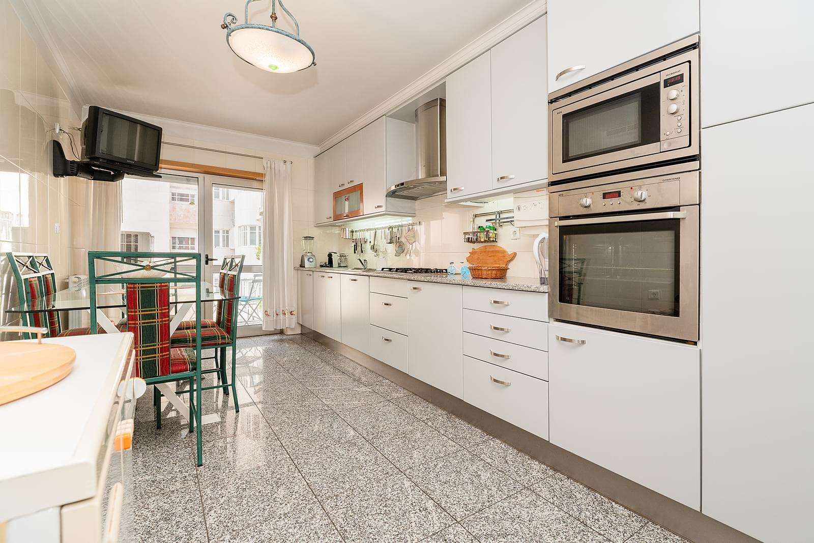 pf18049-apartamento-t3-lisboa-b67bdc66-1443-4f47-a1ed-84b5c21e210f
