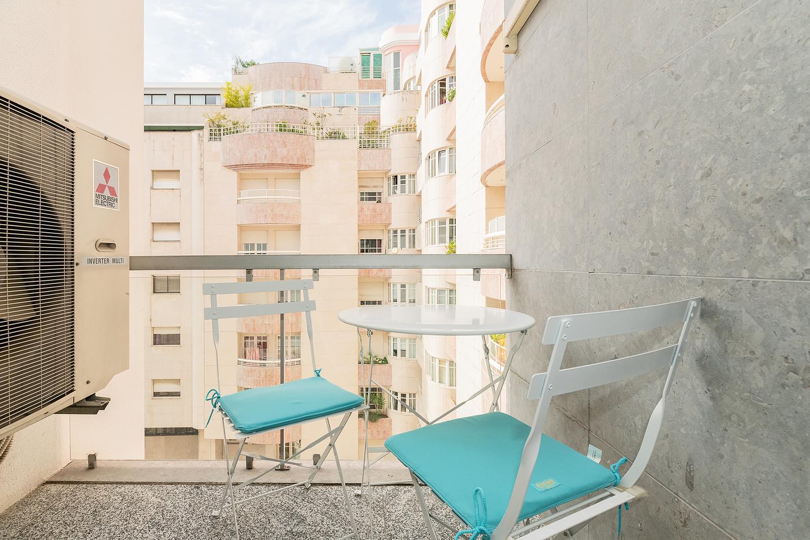 pf18049-apartamento-t3-lisboa-fe4ddbcd-f204-404d-a823-eacac4f84304