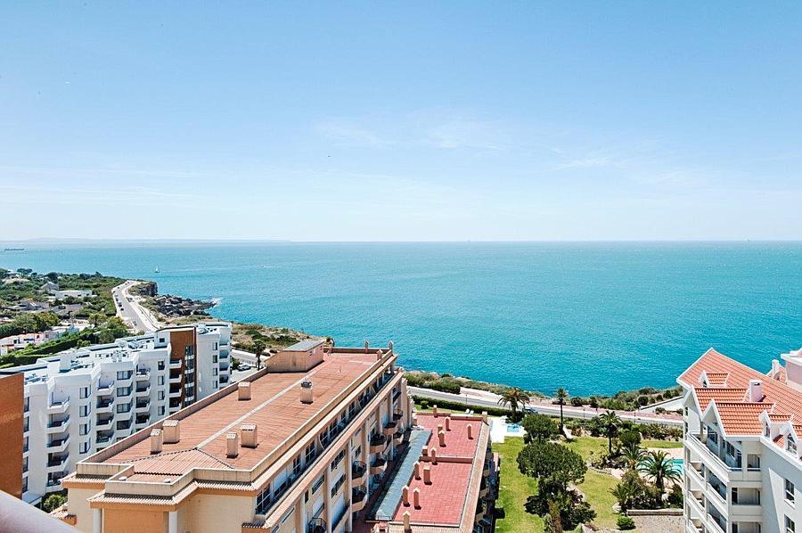 Appartementen voor Verkoop een t GUIA PENTHOUSE. Fantastic penthouse apartment, co Cascais, Portugal
