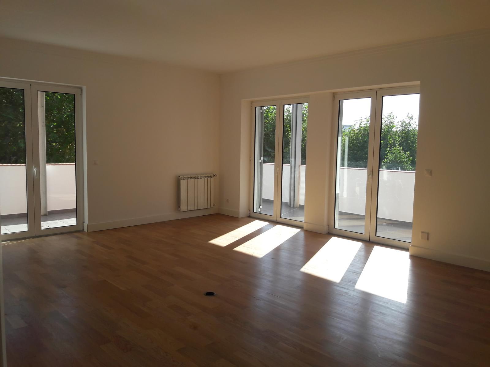 pf18057-apartamento-t3-sintra-21fe946b-2bbf-4e37-af82-caf857abb44c