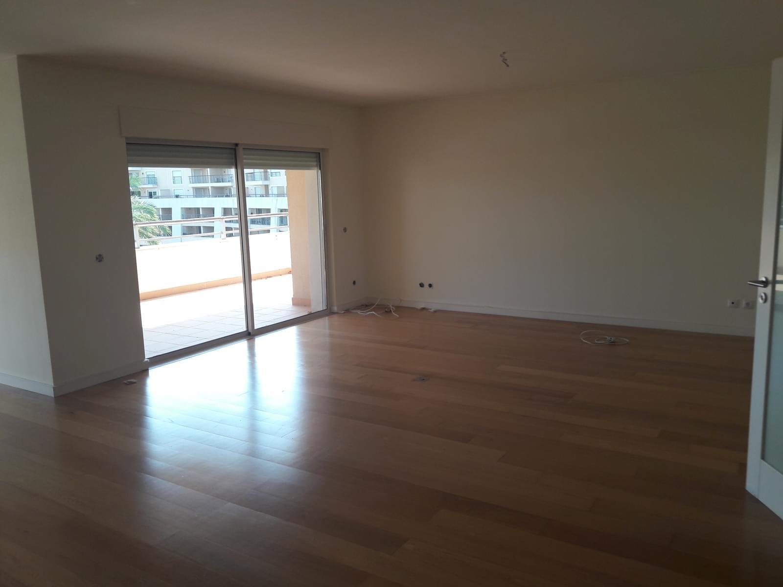 pf18143-apartamento-t3-cascais-e5c85fe7-5226-4b1d-b724-2c88ce616281