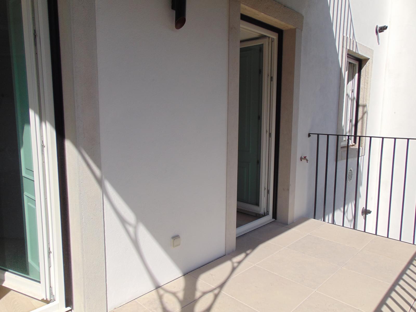 pf18152-apartamento-t2-lisboa-06de946a-9b85-4267-bb91-d7afc68970bb