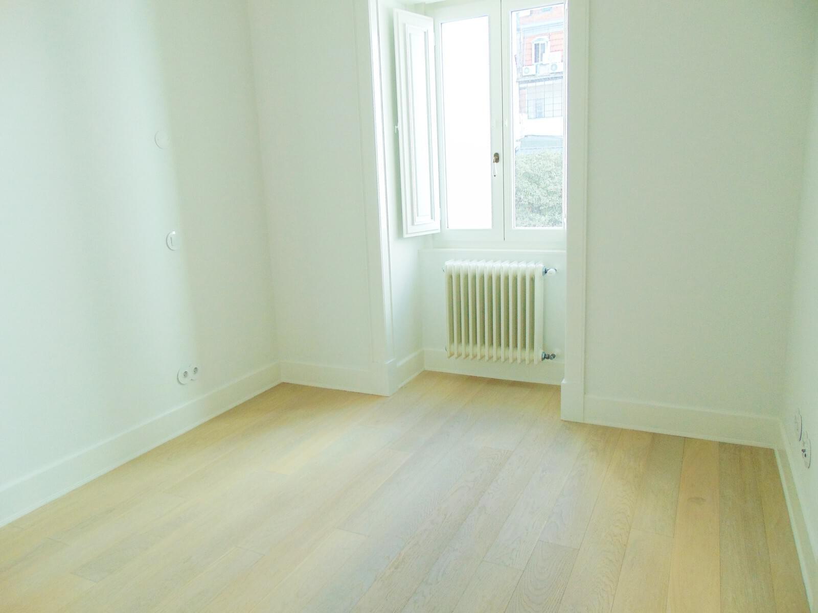pf18152-apartamento-t2-lisboa-2892859a-3a90-4814-974d-b49f28d14001