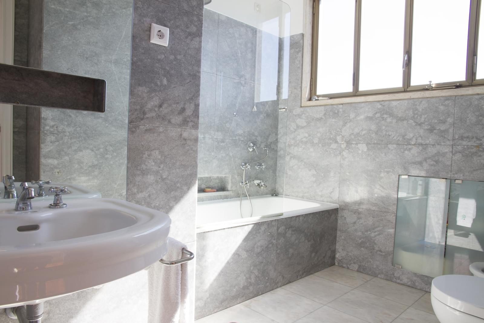 pf18175-apartamento-t5-lisboa-9f7c5ce4-0033-488f-81a4-6bcf72c87b7e