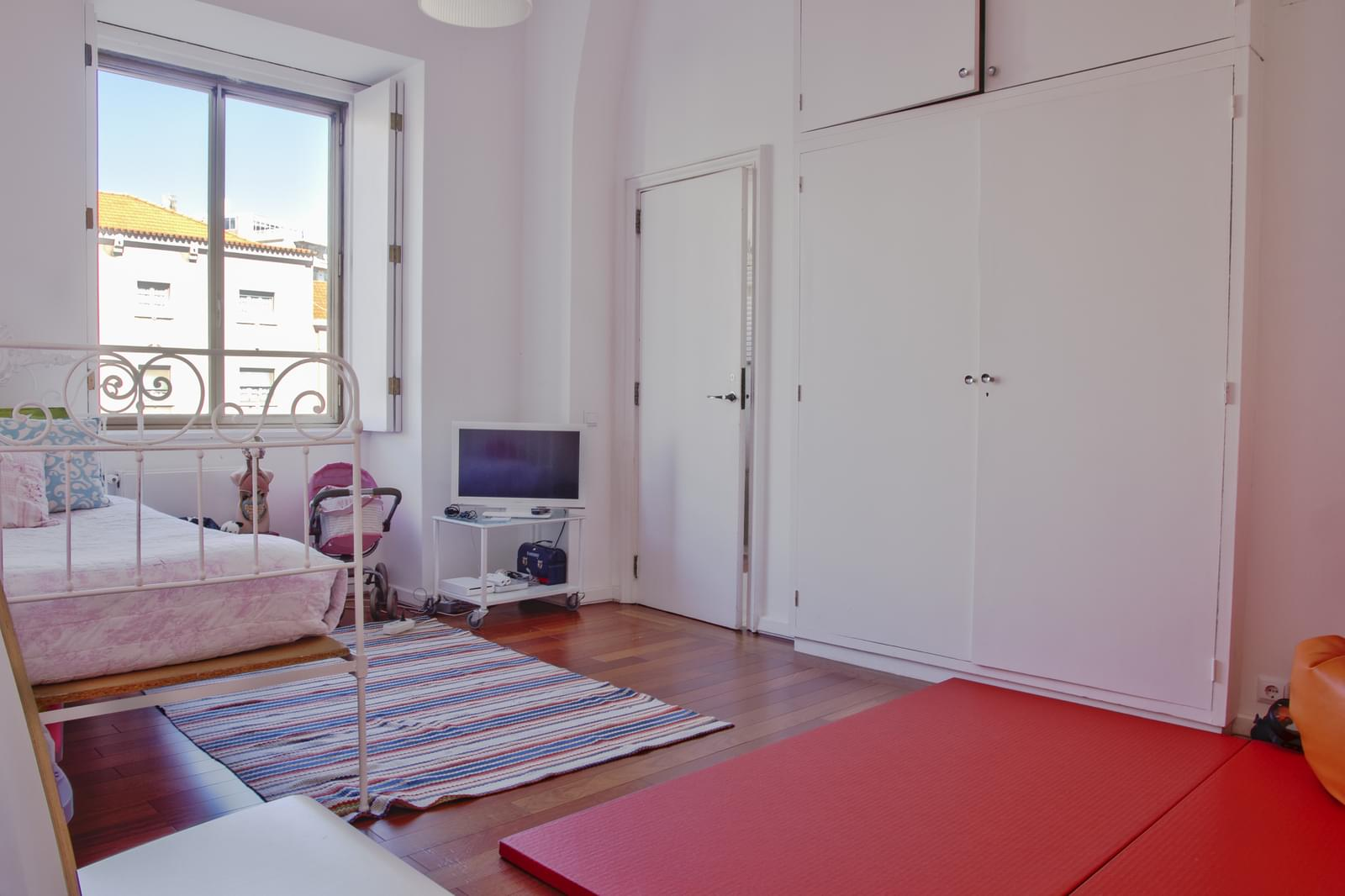 pf18175-apartamento-t5-lisboa-ad1c8584-09b2-403b-a1ef-c3a7918d92b3