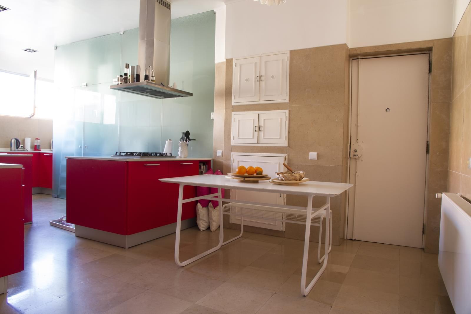 pf18175-apartamento-t5-lisboa-e6e00181-289c-4ab7-8e6d-99c5cb114c77