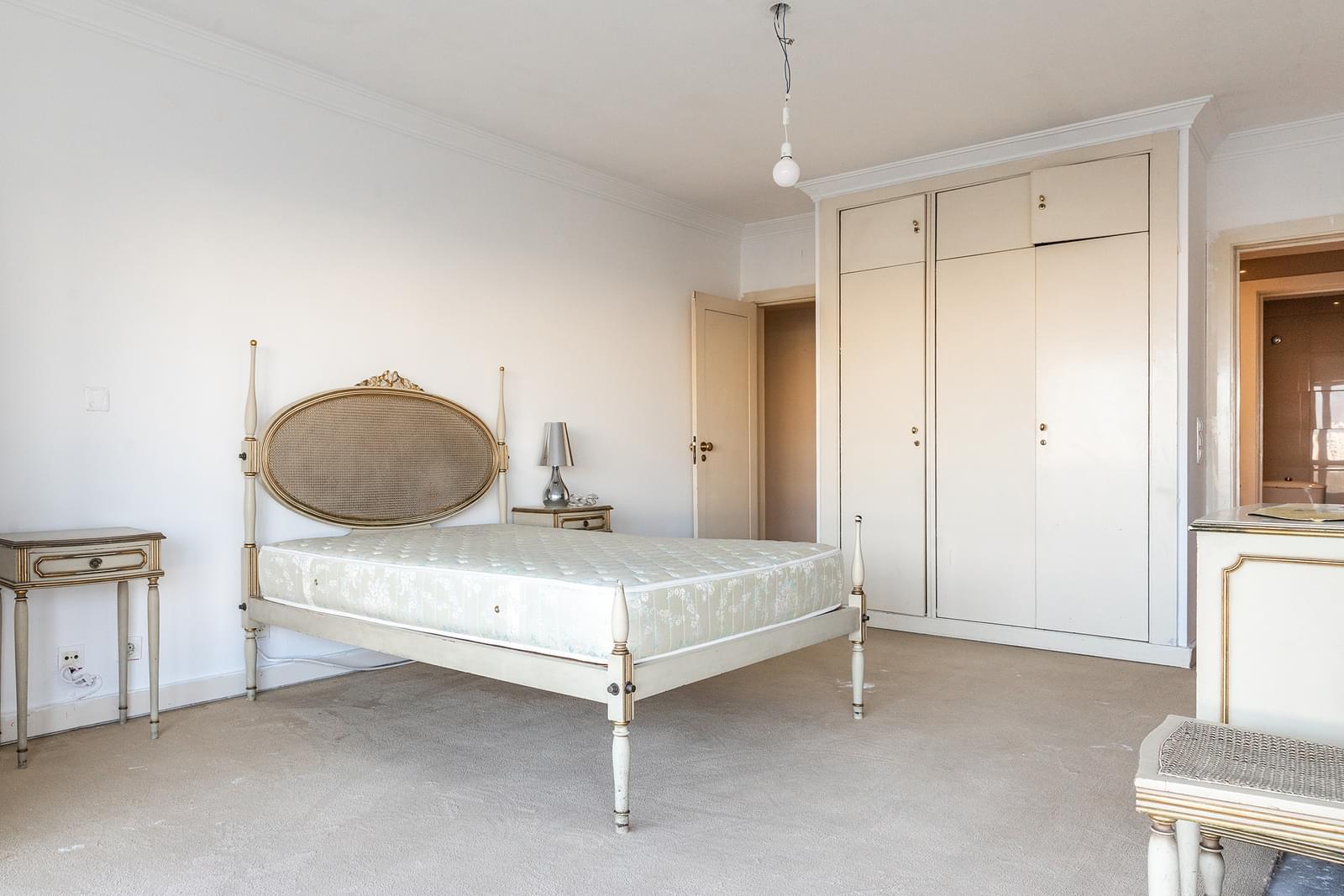 pf18210-apartamento-t4-lisboa-f2373bb8-e5f9-491b-8deb-869181607bc9