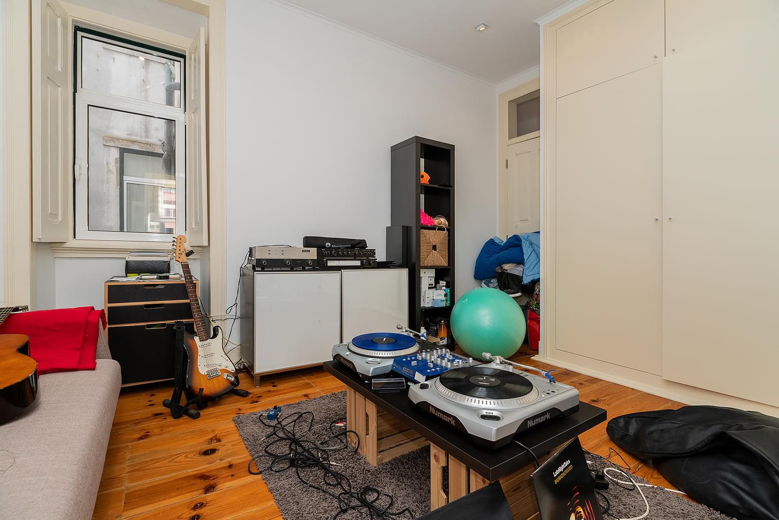 pf18211-apartamento-t2-1-lisboa-c64bfbfc-ede1-4b24-8202-eccf6c19cc42