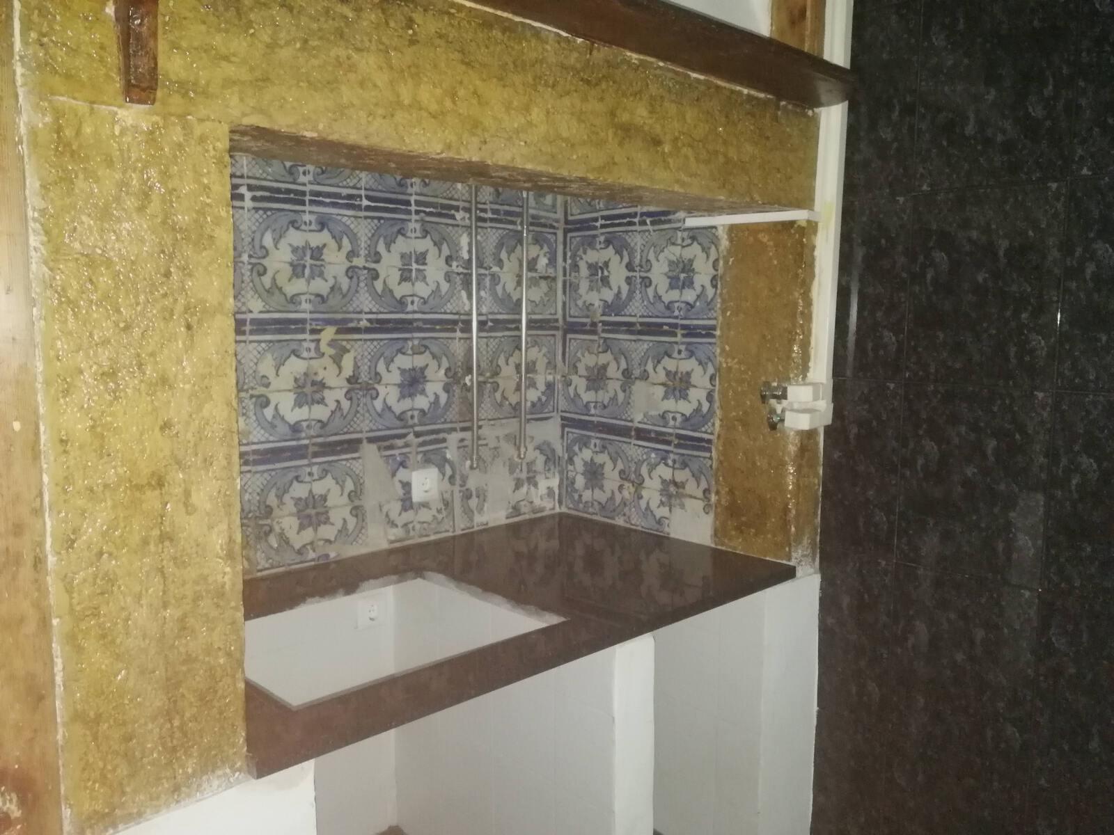 PF18220, Apartment T2+1, LISBOA