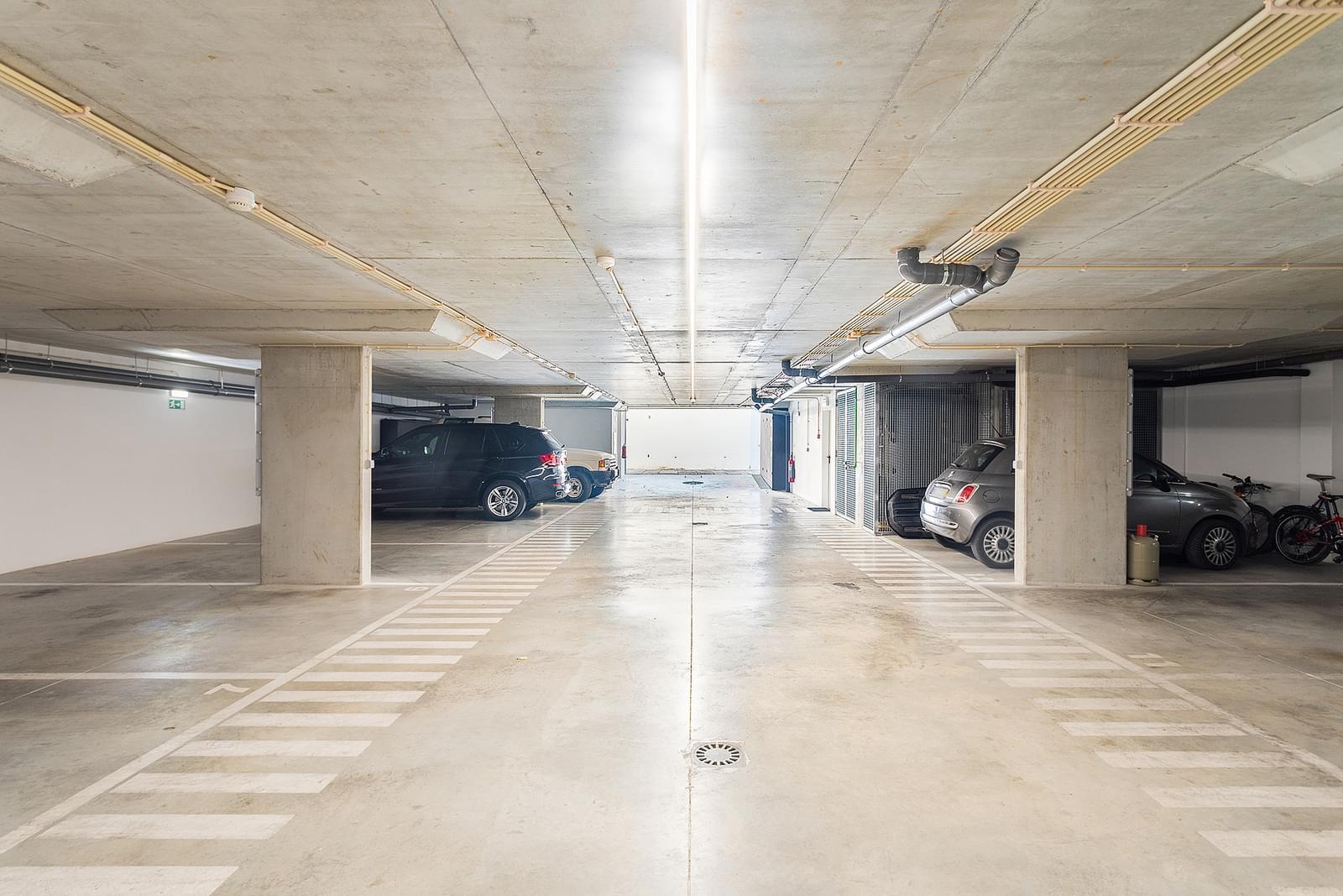 Maison normal T3 avec parking dans un condominium fermé