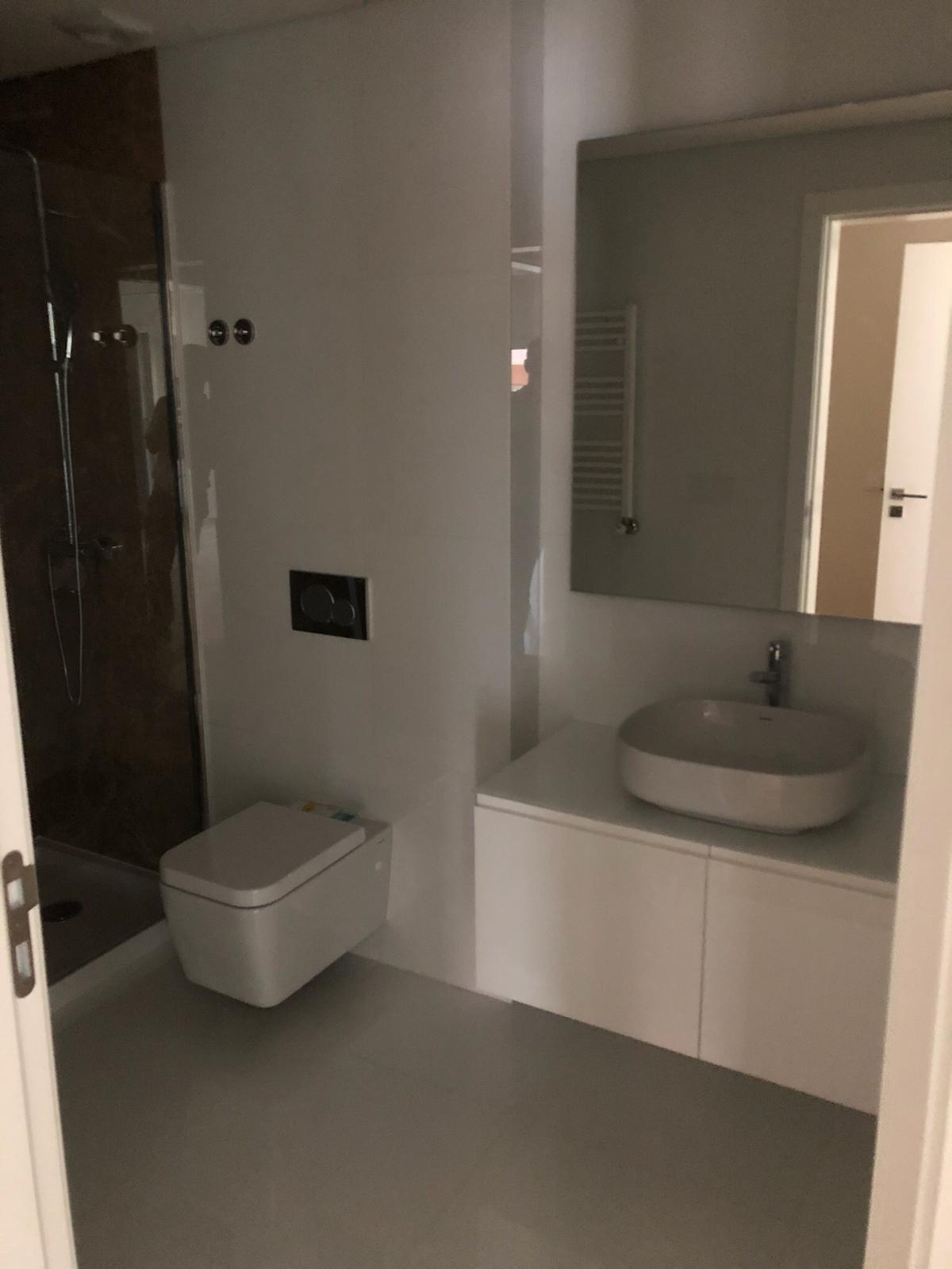 PF18232, Apartment T2, LISBOA