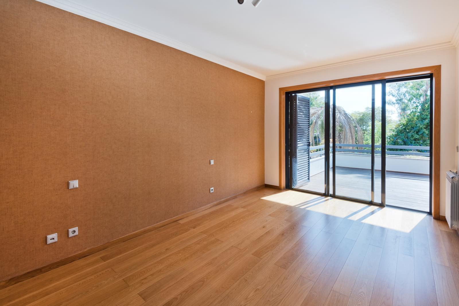 Appartement T3 avec piscine dans un condominium fermé