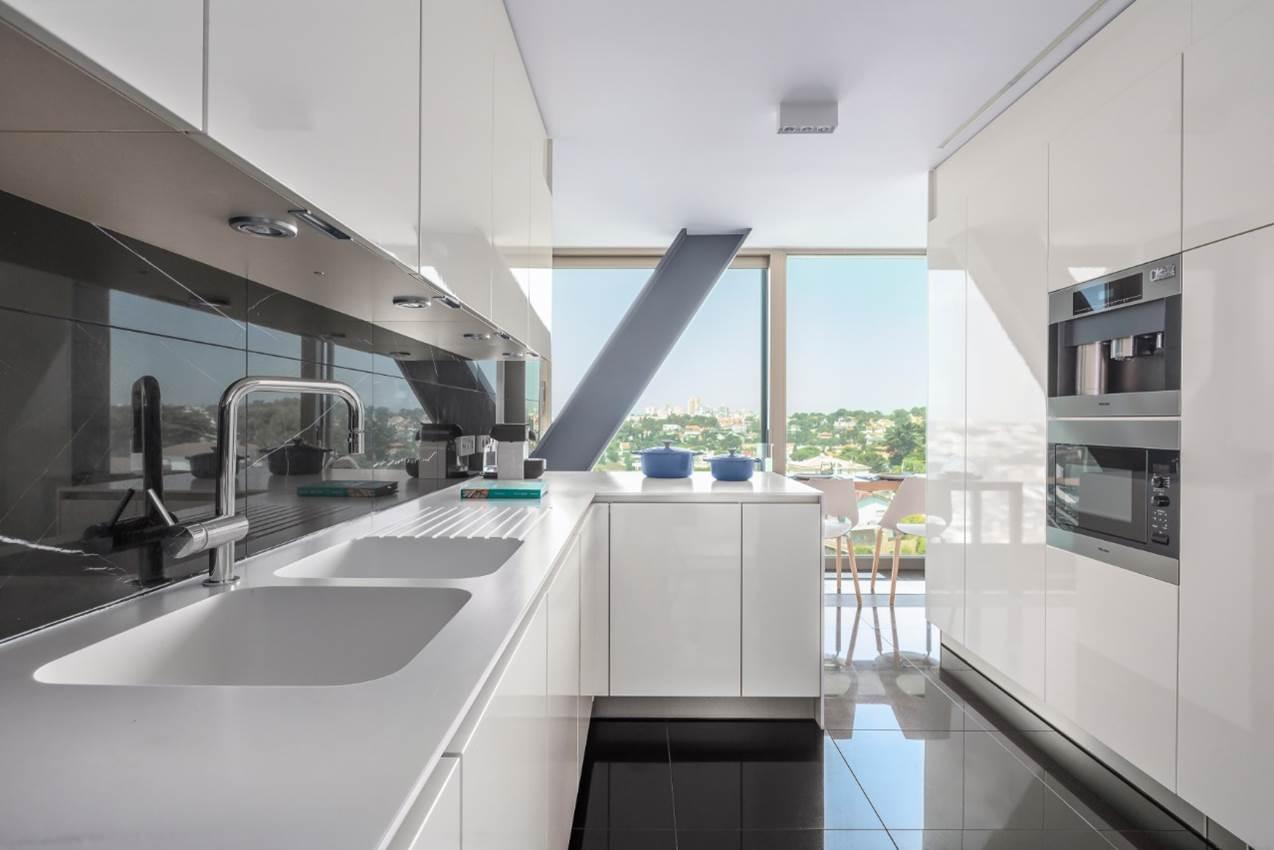 PF18300, Apartamento T4 + 1, Cascais