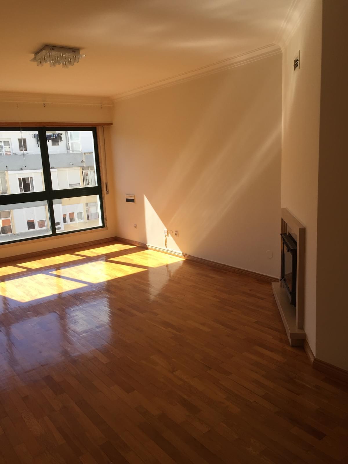 pf18344-apartamento-t3-oeiras-14722a2e-6243-41aa-83e4-7492e3887e4b