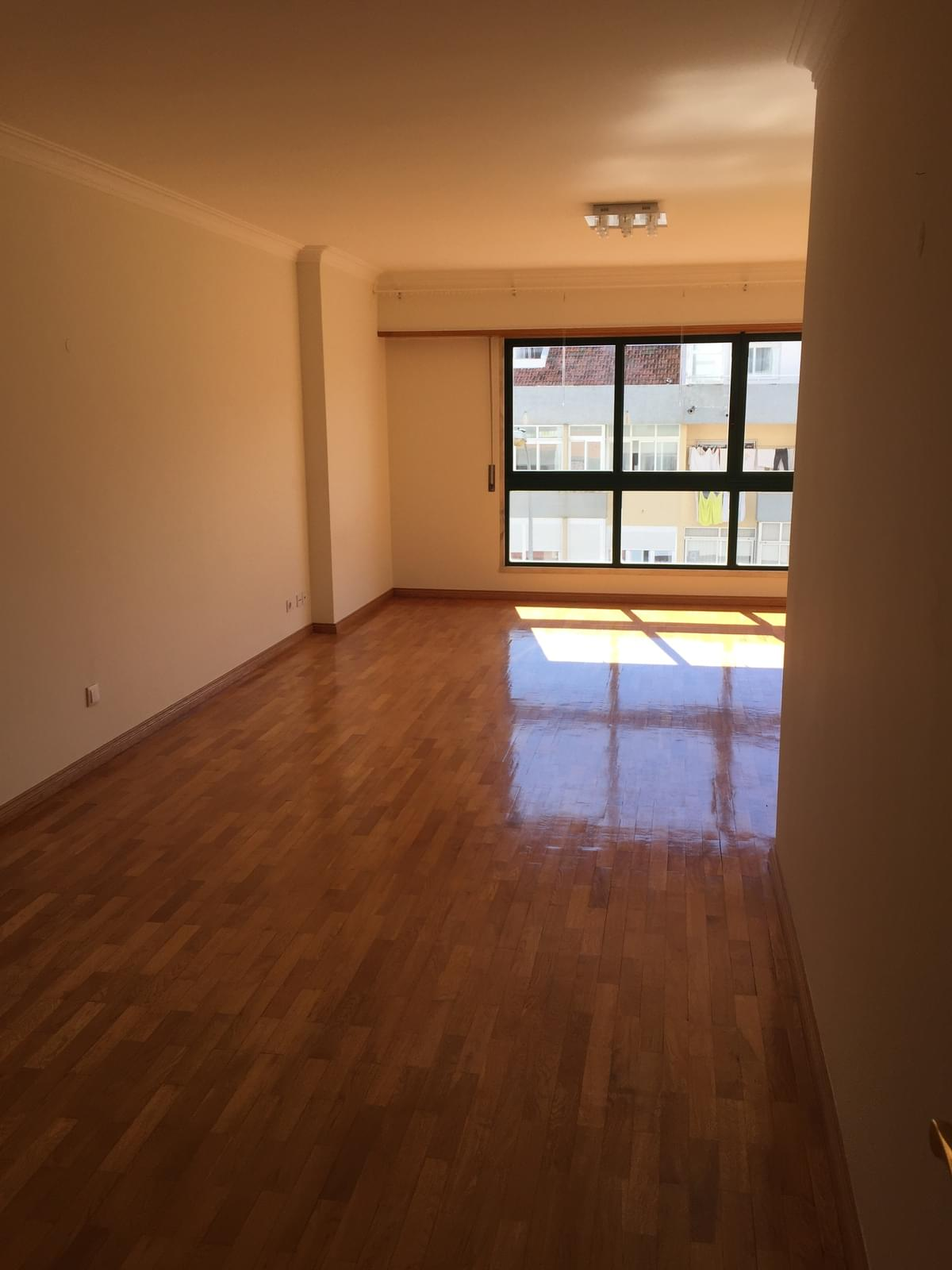 pf18344-apartamento-t3-oeiras-3b64e6d4-c8f7-46f0-b8e9-37a1a8772654