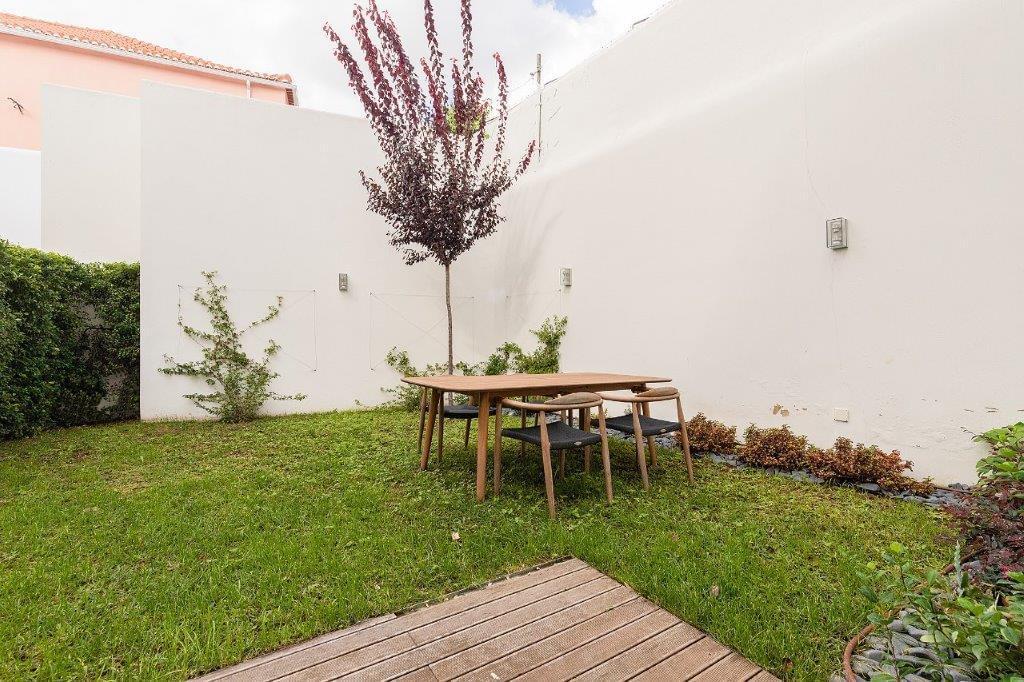 pf18364-apartamento-t5-lisboa-1d0f5f49-6e90-4627-bcf2-a0df13147271
