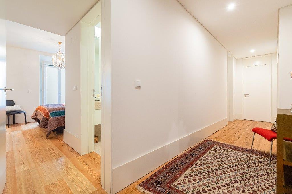 pf18364-apartamento-t5-lisboa-872406ed-1824-460c-9717-82cecd853230