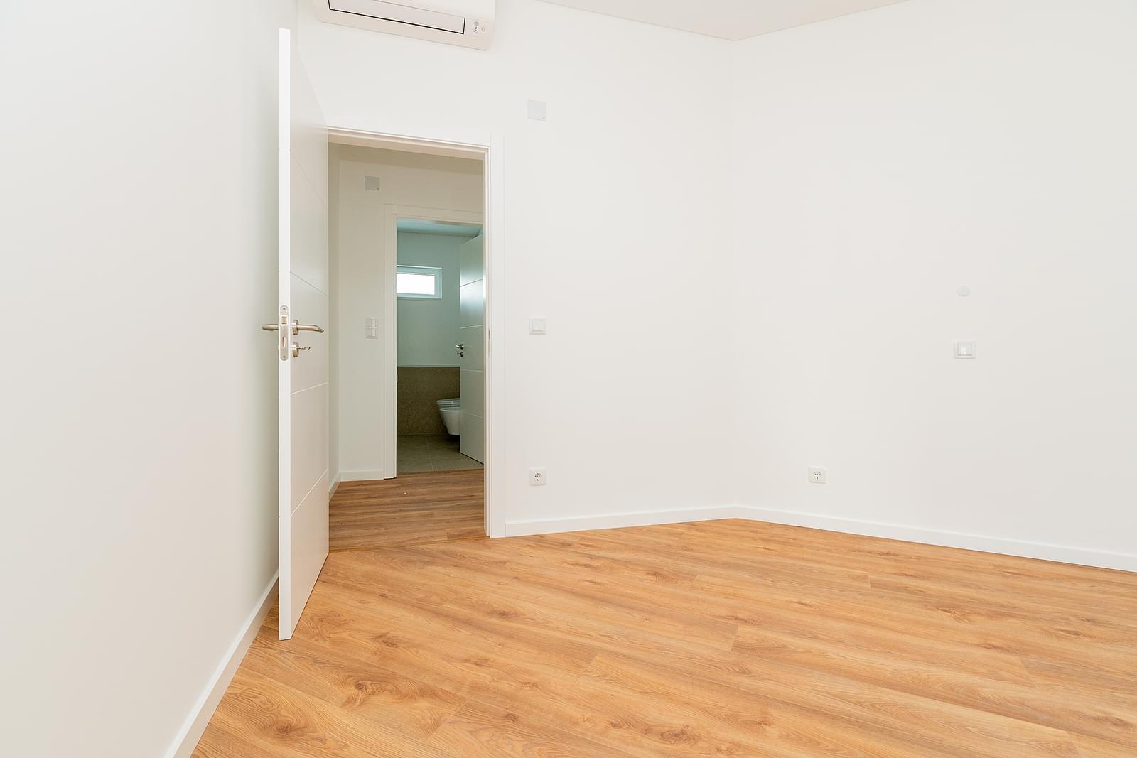 PF18413, Appartement T1, LISBOA