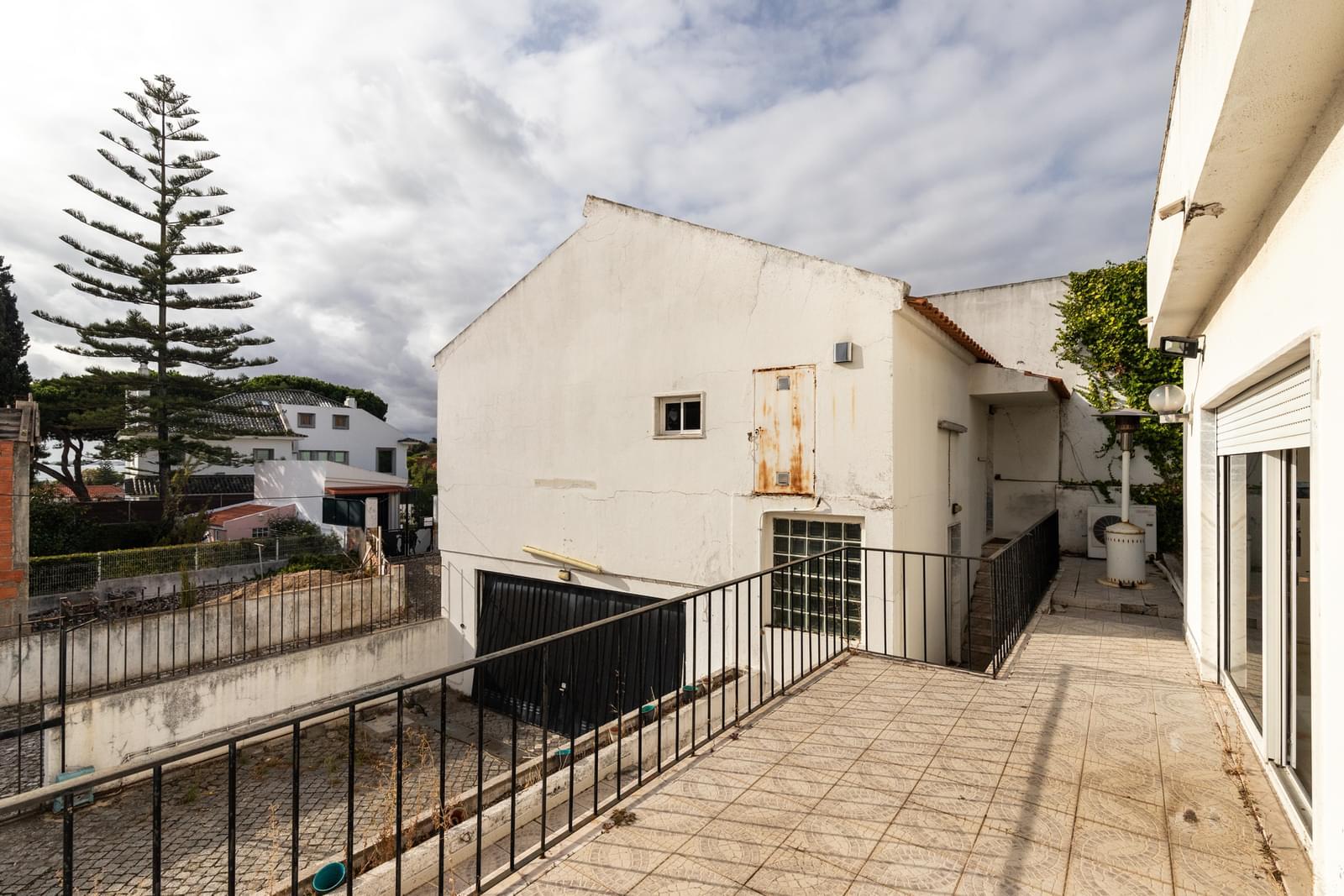 PF18437, Villa T4, LISBOA