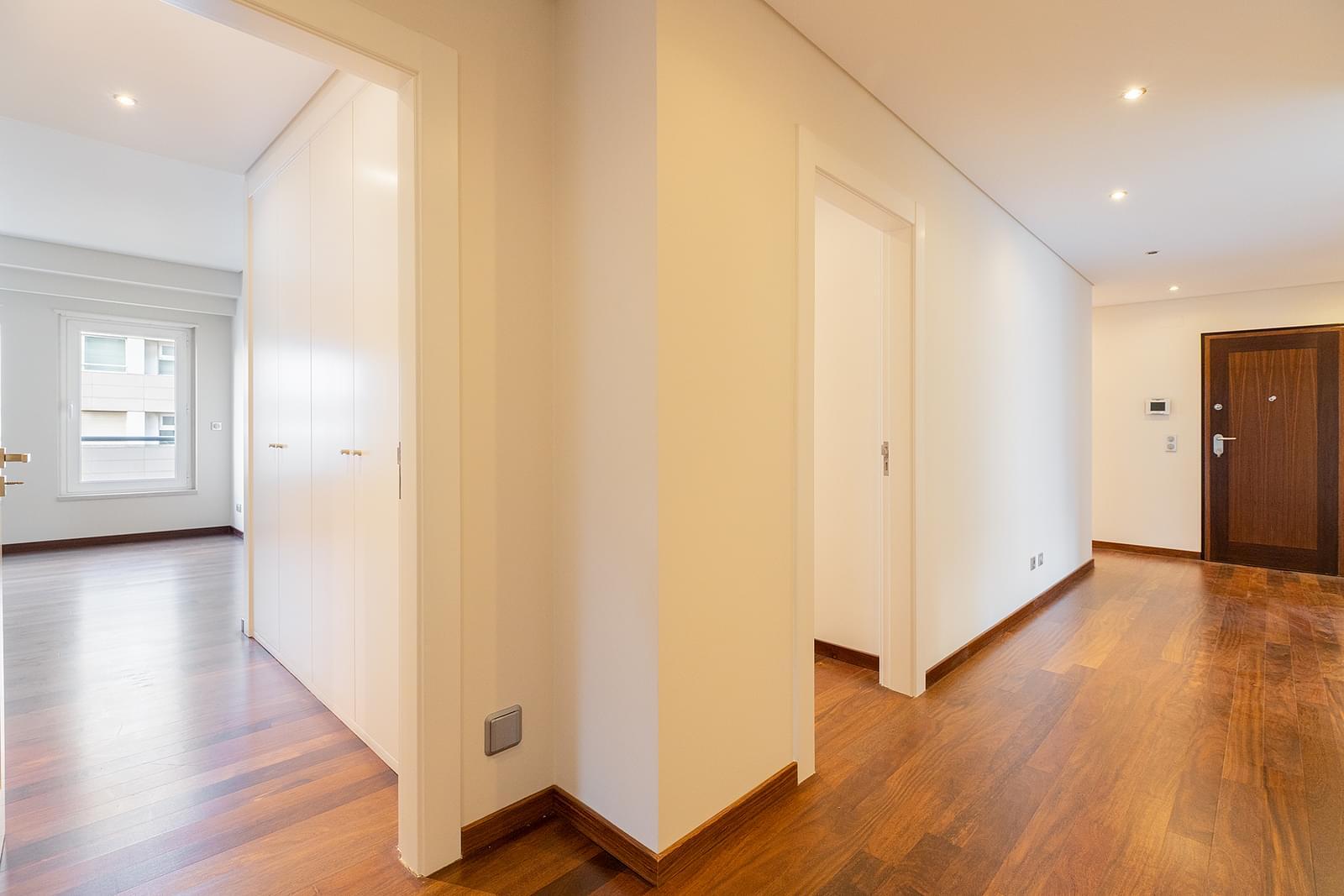 pf18533-apartamento-t4-lisboa-0347b33a-4909-42ed-a499-5792f93059bf