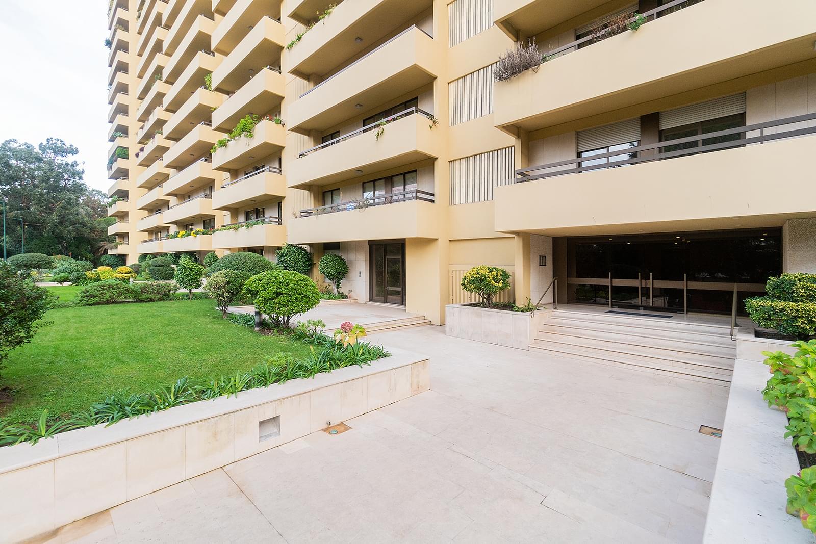 pf18551-apartamento-t3-1-lisboa-14b10fb7-3397-450e-addb-66a24367bf98
