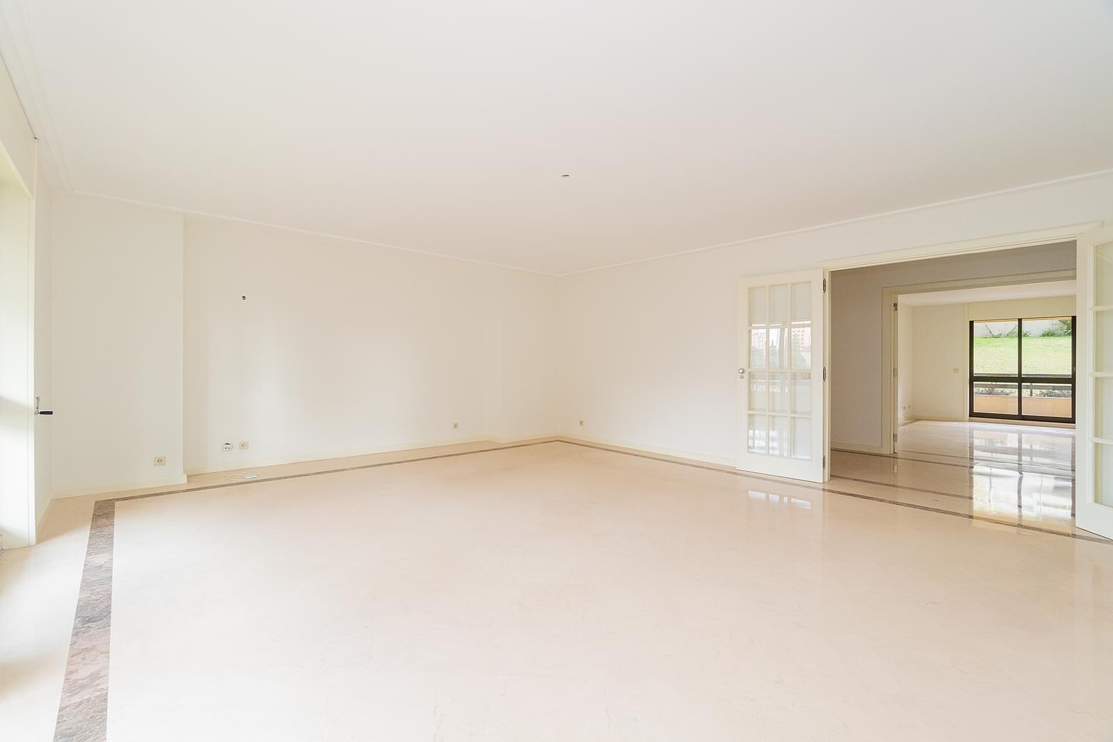 pf18551-apartamento-t3-1-lisboa-1eeb3dd8-f985-4b78-b5f3-b7d9532453da