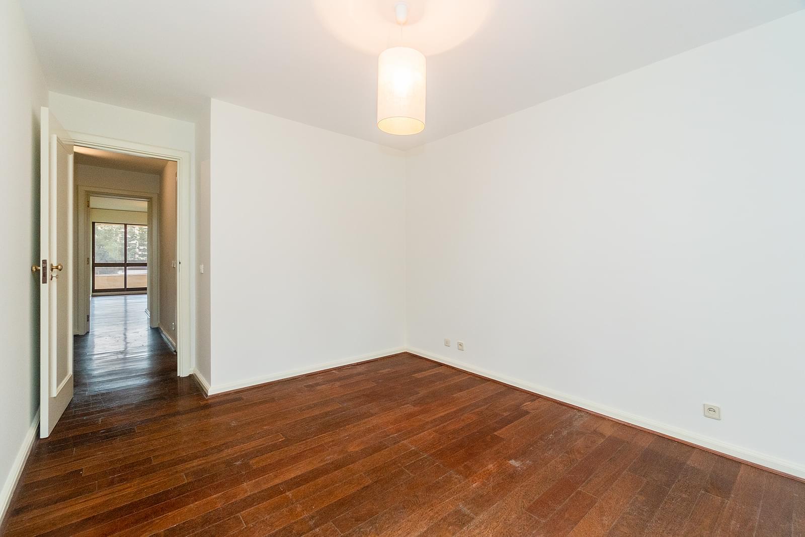 pf18551-apartamento-t3-1-lisboa-257aec40-bc74-45d3-ae78-57fa67bcb5ff