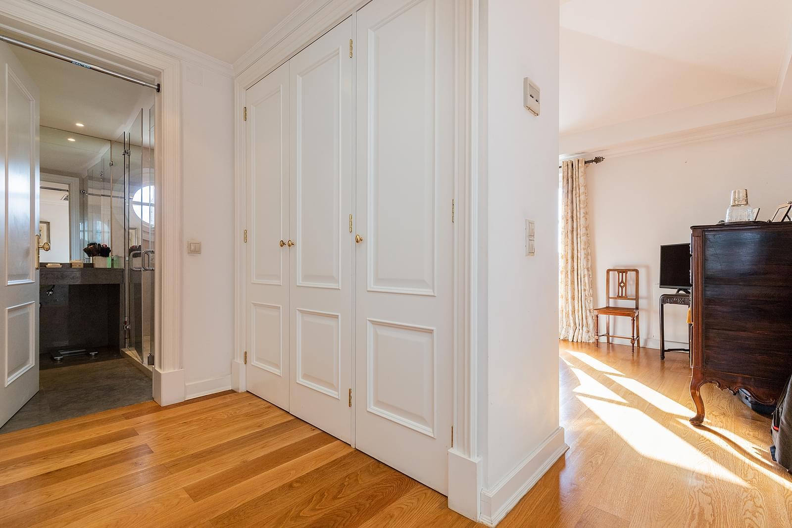 pf18618-apartamento-t4-1-lisboa-5c96b753-5024-48b8-8178-4f74cb63995b