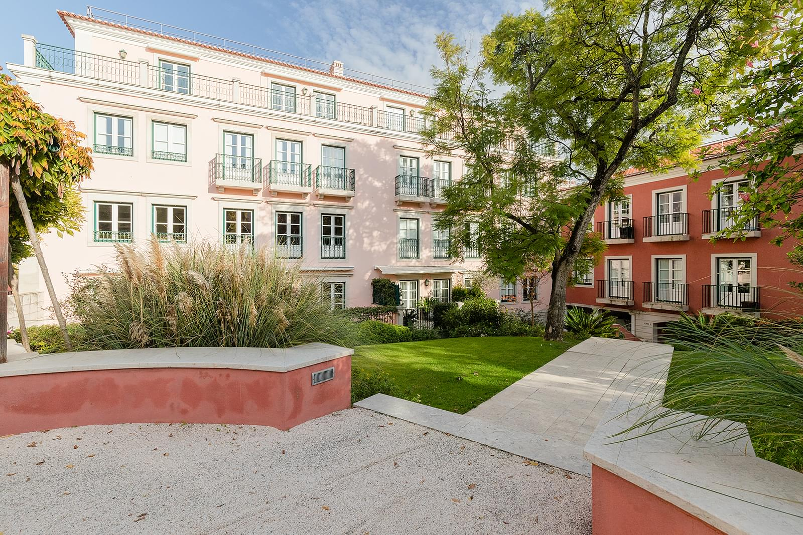 pf18618-apartamento-t4-1-lisboa-e5fd87e5-d20a-4fc7-b8b4-14fa664725d3